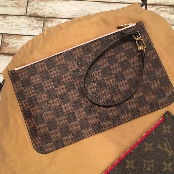 e4f60a7850b3 Louis Vuitton Bags   Neverfull Clutch Mm   Poshmark